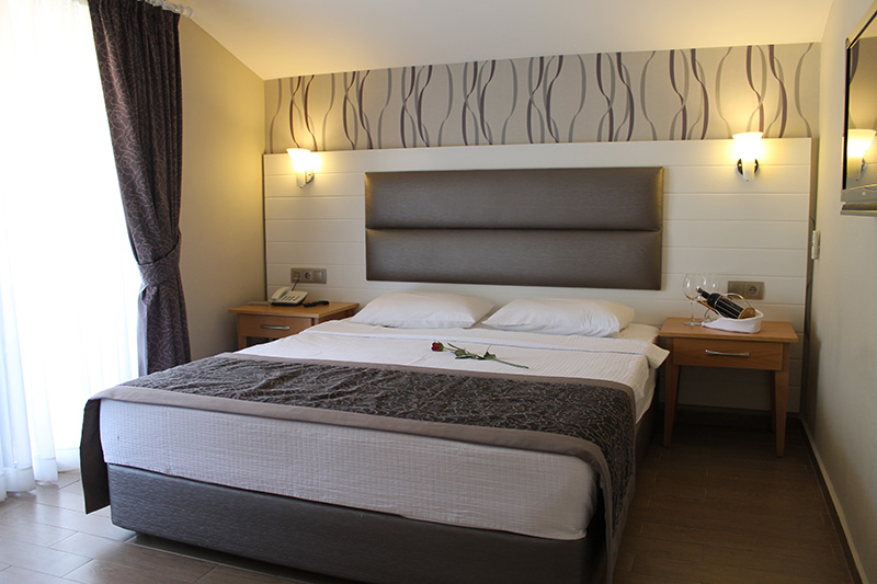 İda Rooms & Rates